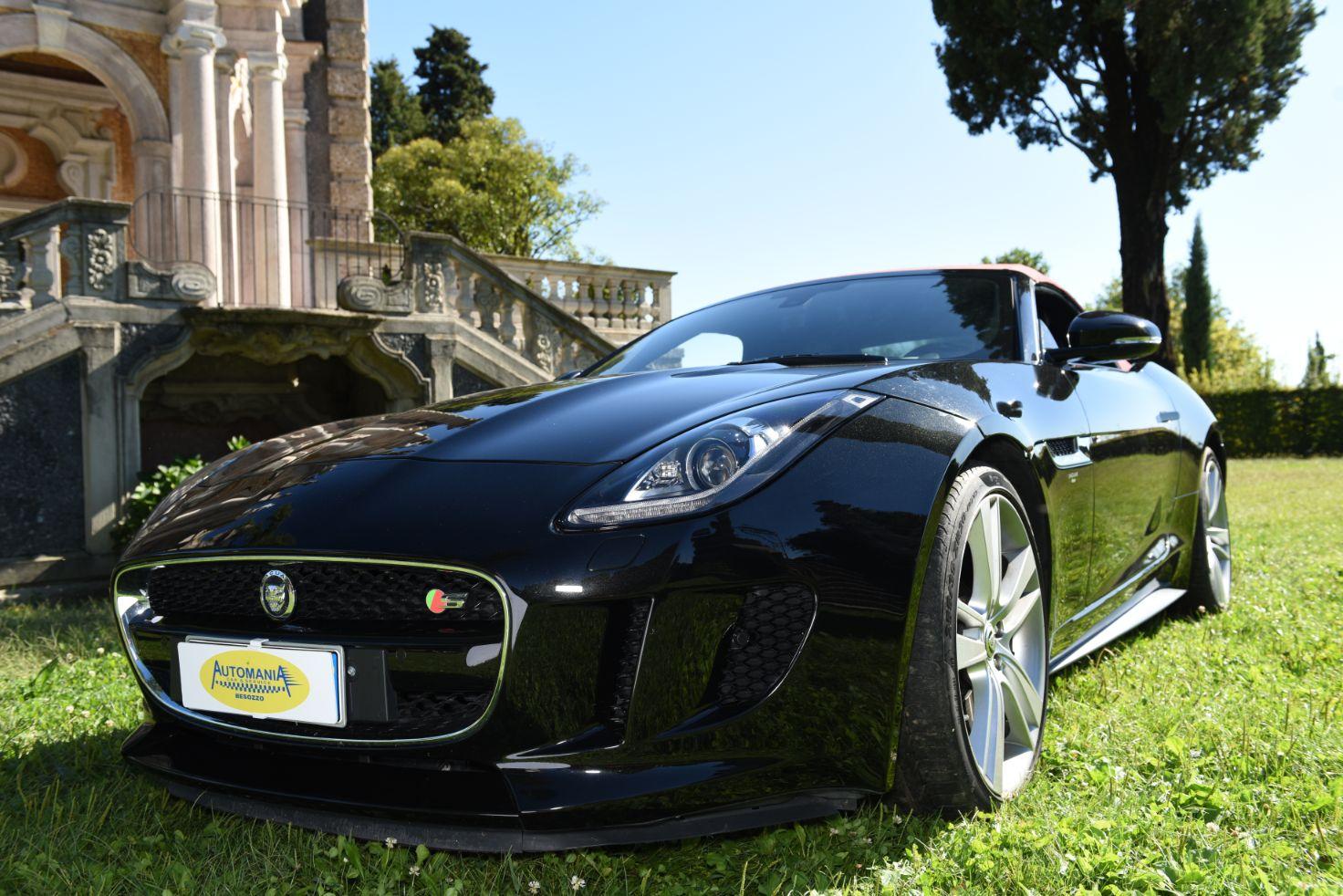 Auto a Noleggio</br>Sportive e di Lusso
